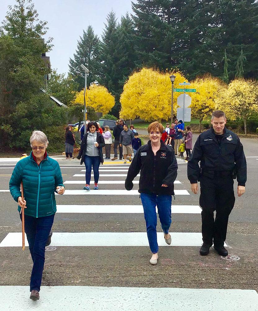 tmf-pedestrians-crosswalk